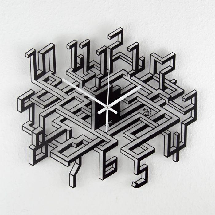 Originelle Wanduhr mit 3D-Effekt